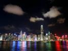 """由香港特区政府民政事务局统筹的香港国庆烟花汇演将于10月1日晚9时在维多利亚港湾举行。此次烟花汇演以""""团结共融""""为主题,以庆祝新中国成立69周年暨改革开放40周年。"""