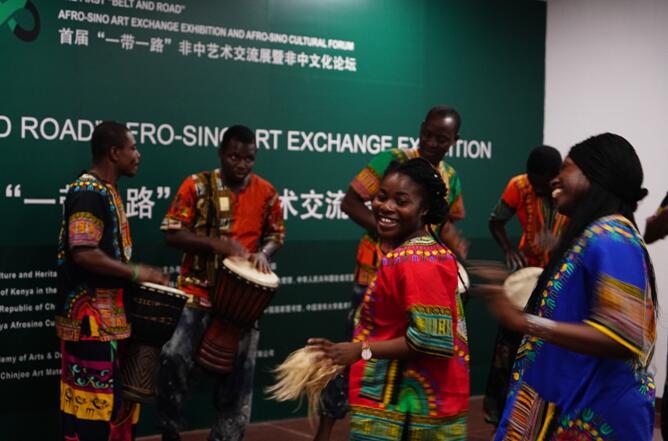 """首届""""一带一路""""非中艺术交流展:以文化为纽带 践行""""一带一路""""倡议4"""