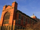 """英国伯明翰大学15日宣布,将从2019年开始接受中国高考成绩,由此成为英国顶尖高校联盟""""罗素集团""""中第一个认可中国高考成绩的院校。"""