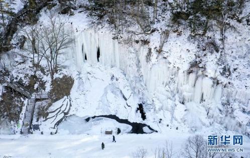 吉林十五道沟冰瀑奇观