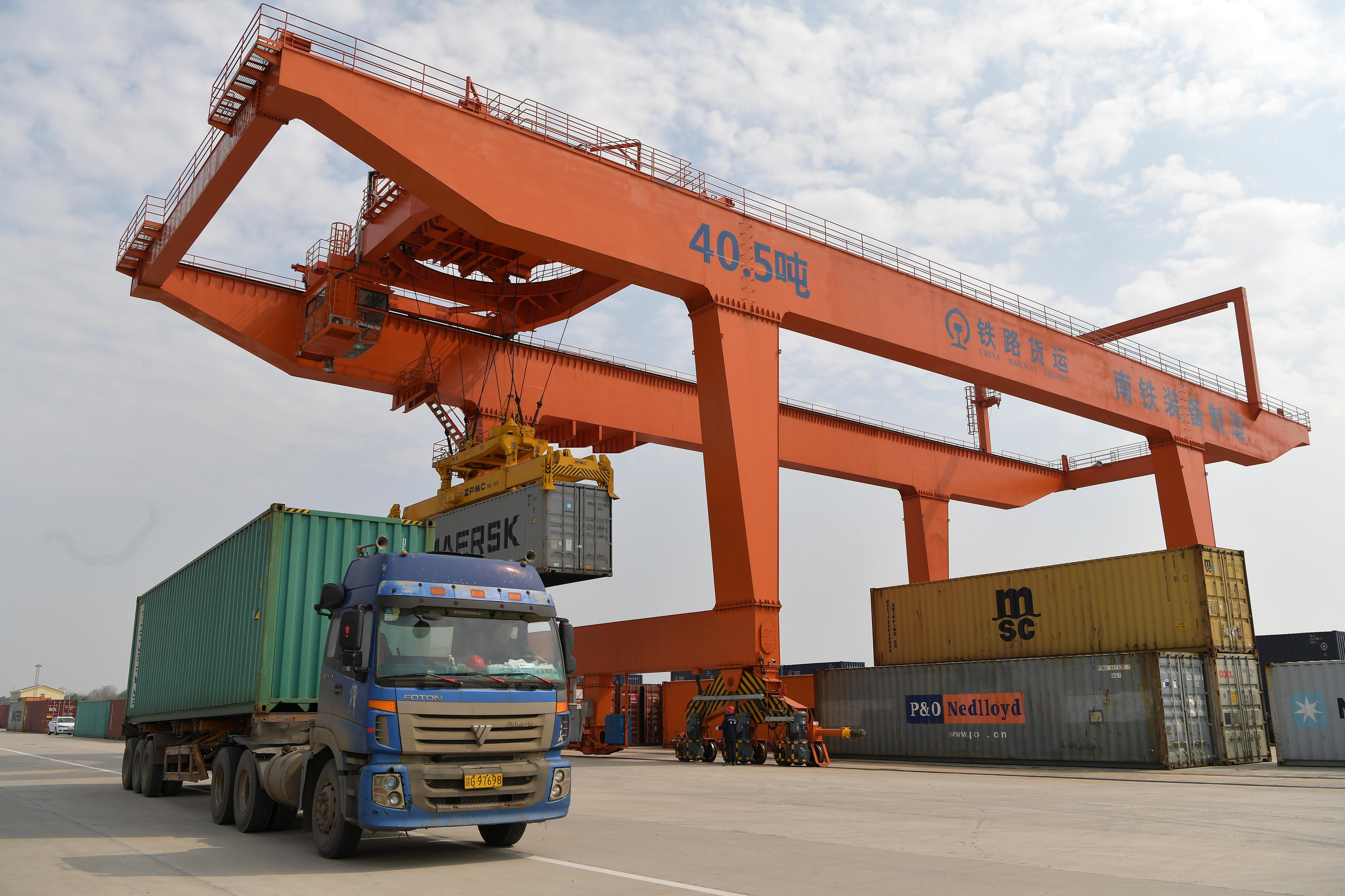 江西南昌:畅通物流通道 为复工复产护航