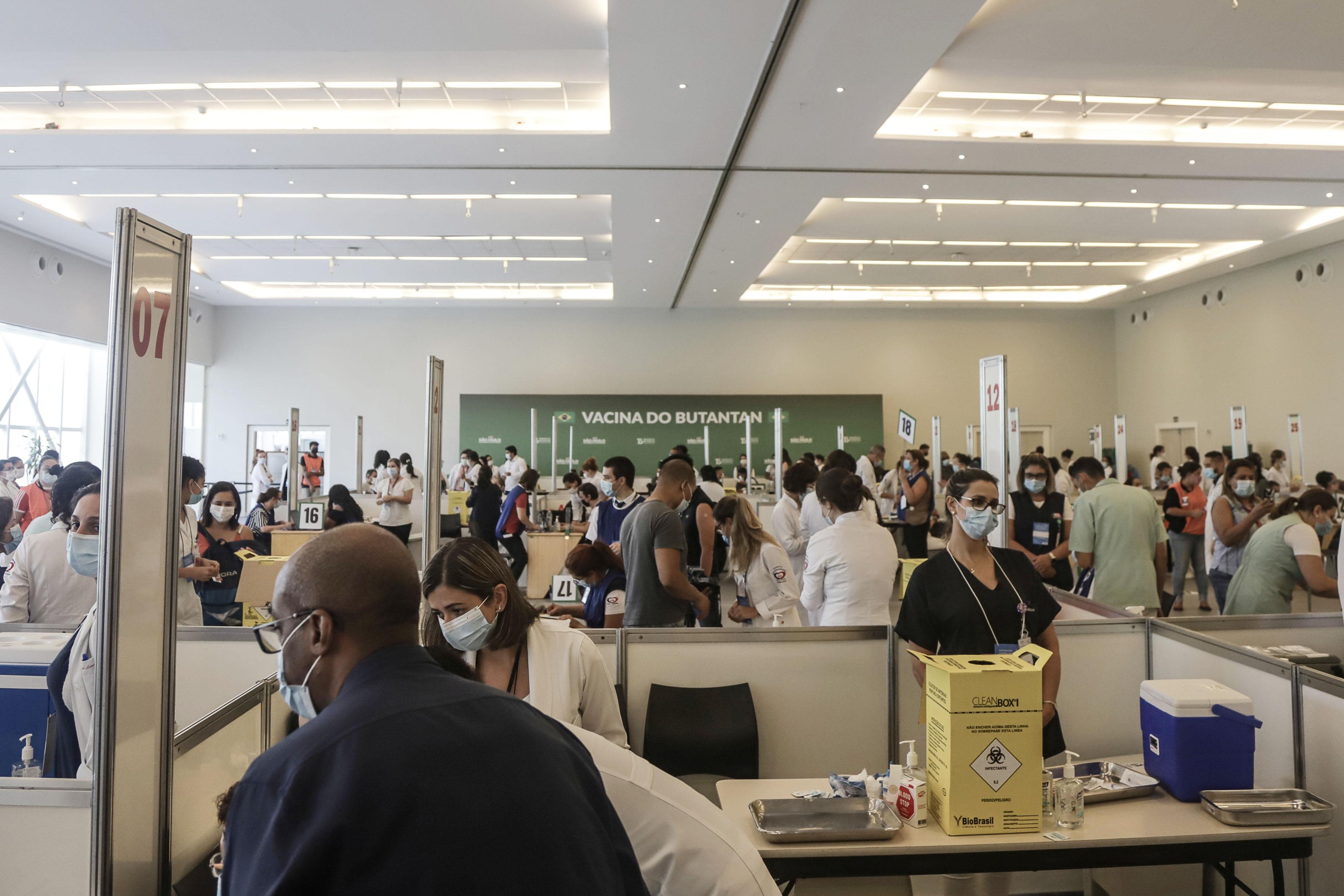 新冠肺炎疫苗给深陷疫情的巴西带来希望