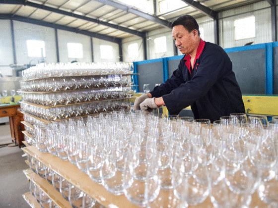 """""""中国玻璃器皿之都""""山西祁县积极开拓国际市场"""