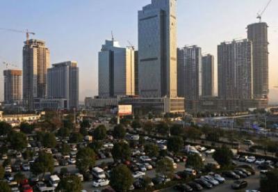 中国一些人伪造收入文件在澳贷款买房 但还款表现良好