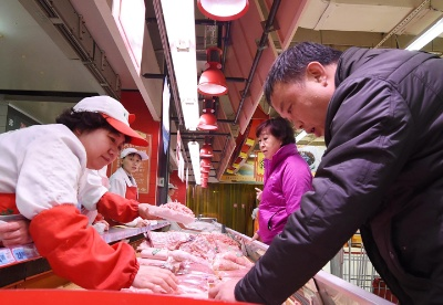 肉价高走菜价低走 4月CPI涨幅与上月持平
