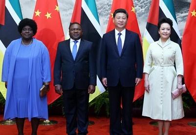 中莫两国元首决定建立全面战略合作伙伴关系