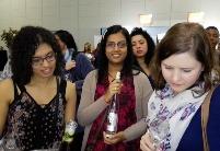 中国-河西走廊有机葡萄酒参加2016南非中国贸易周--开普敦美食美酒展