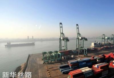 """天津港口""""海铁联运""""加速扩围助力""""一带一路""""建设"""