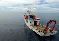 """""""张謇""""号在新不列颠海沟西部海域开展海洋环境调查"""