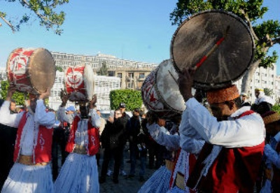 突尼斯民众为国际撒哈拉节预热