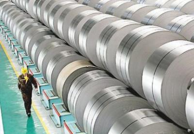"""美再对华钢铁产品作出""""双反""""仲裁中国商务部表示强烈不满"""