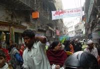 印度巨大的就业需求和人口压力