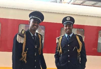 中企助力非洲铁路高端人才培养