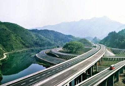 越柬拟修建连接胡志明市-金边的高速公路