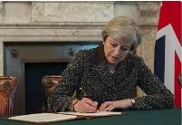 解读梅的大赌局:英国退欧可改善英印贸易关系