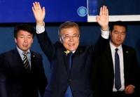 文在寅在韩国变幻莫测的时刻接手领导权