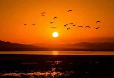 巴里坤:传奇蒲类海,梦幻仙境地