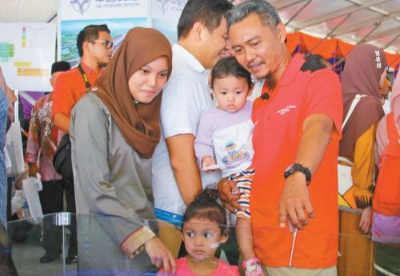 中企承建马来西亚东海岸铁路项目开工