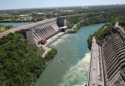 我国水力发电装机量和发电量均居全球首位