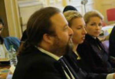 第二届巴黎文创会举行 开展多元文化对话