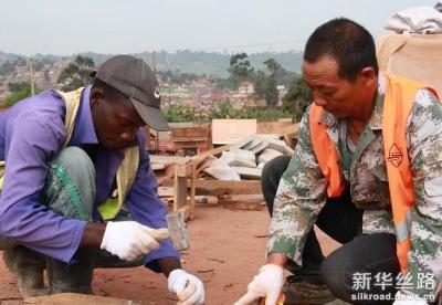 中国筑路技术助力乌干达发展
