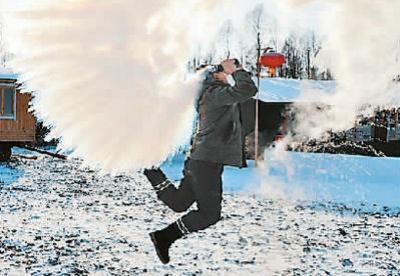 中国冰雪游突破1.7亿人次