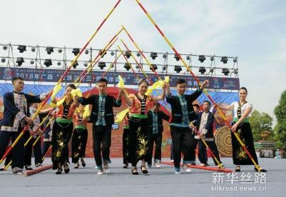 """广西""""壮族三月三•民族体育炫""""开幕表演 《越南香色》"""