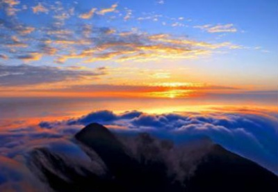 """""""五一""""小长假南岳衡山景区接客超15万人次 居湖南景区首位"""