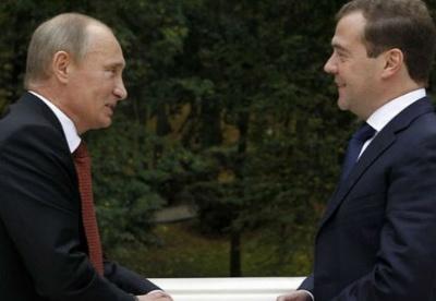 普京提名梅德韦杰夫为俄政府新总理
