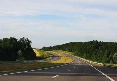乌克兰今年将修建4000公里公路