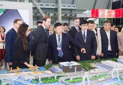 中国高铁全产业链集体亮相俄罗斯