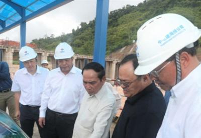 老挝领导人高度赞扬中国在老开发水电项目