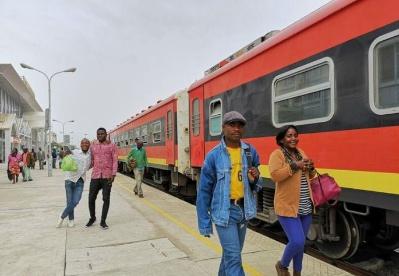 本格拉铁路,连接安哥拉洛比托走廊的交通大动脉