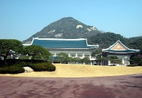 青瓦台说韩朝首脑平壤会晤将集中讨论三大议题