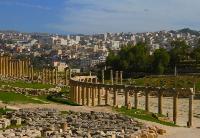 约旦新政府首次改组内阁