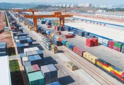 """云南前三季度与""""一带一路""""沿线国家贸易增长逾41%"""