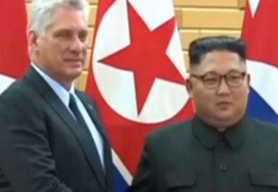 金正恩与古巴领导人强调进一步发展友好关系
