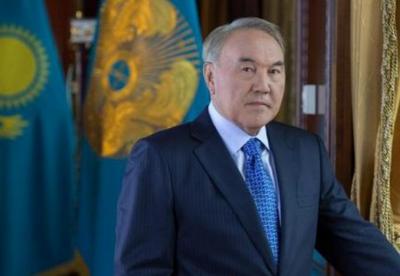纳扎尔巴耶夫谈哈国有企业私有化