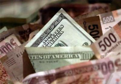 预计2019年菲律宾比索兑美元汇率将跌至55:1