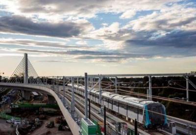 澳首列无人驾驶城市列车在悉尼首次试运行