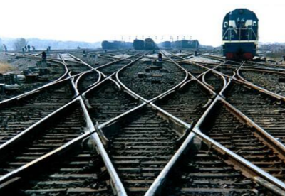 2018年全国铁路发送货物超40亿吨