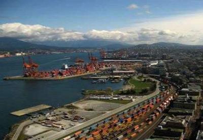 对华贸易推动美国长滩港货物吞吐量创历史新高