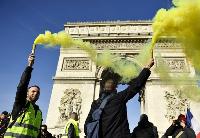 """""""黄马甲""""运动满三月 法国政府何时走出困境"""