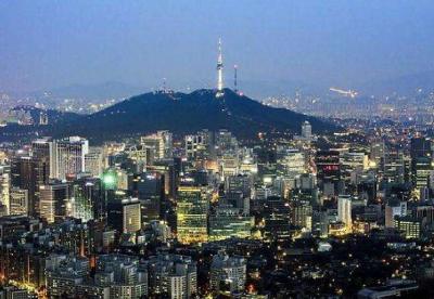 """第一届""""一带一路""""国际青年论坛在首尔举行"""