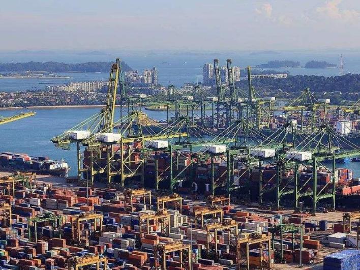 2月新加坡进出口总额同比增加3.3%