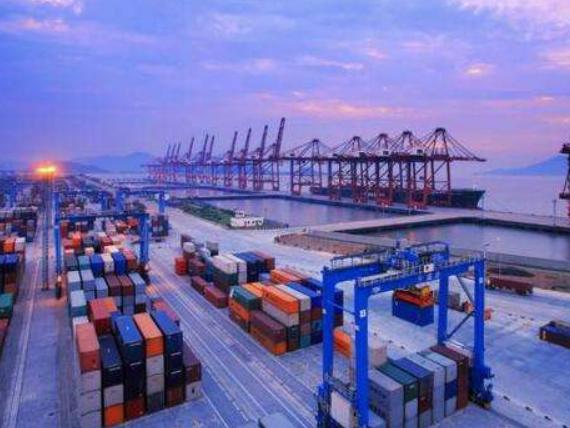 乌克兰外贸赤字达到27亿美元