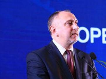 """专访:从白俄罗斯经济部副部长到""""一带一路""""重要项目负责人"""