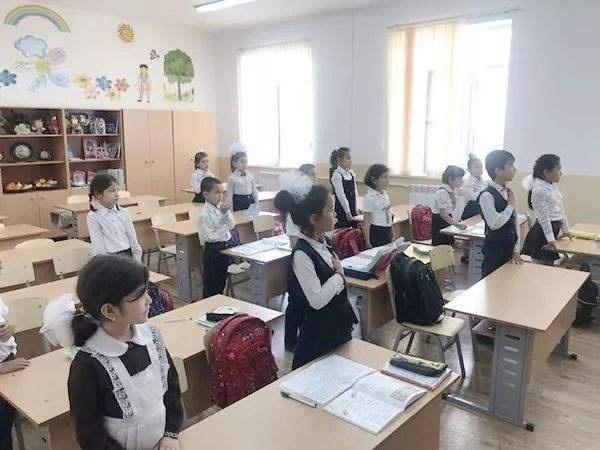 美国向乌兹别克斯坦提供1950万美元援助用于教育改革