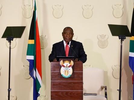 南非总统宣布新内阁名单  大幅精简政府机构