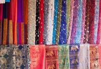 通讯:一经一纬织就中泰丝绸交流绚丽色彩